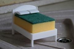 lozko-miniatura